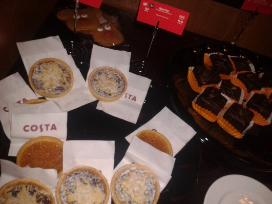 costa-christmas-food