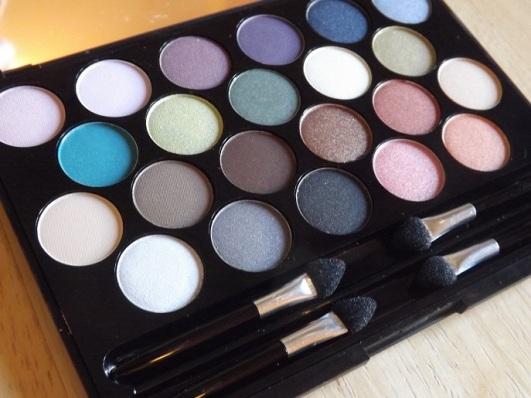 gosh-eyeshadow-palette