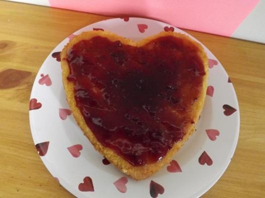 jam-cake