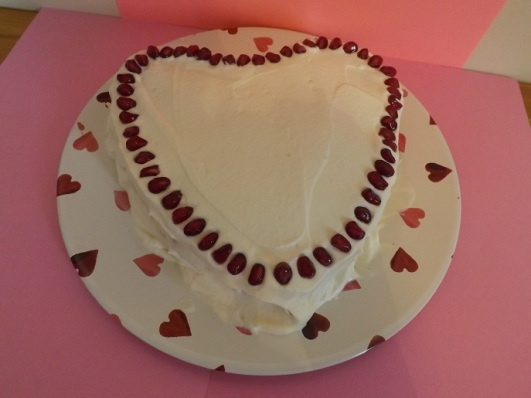 pomegranate-cream-cake
