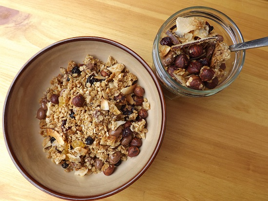 granola-breakfast