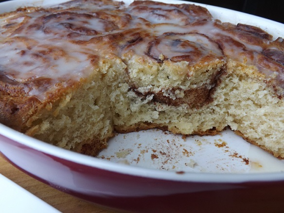 cinnamon-roll-pan