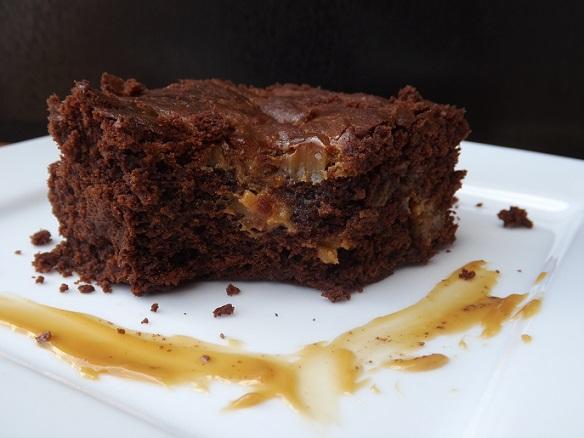 dulce-de-leche-brownies