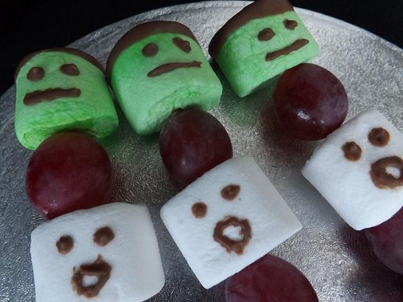 halloween-marshmallow-sticks