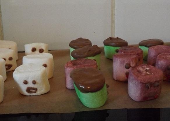 halloween-marshmallows