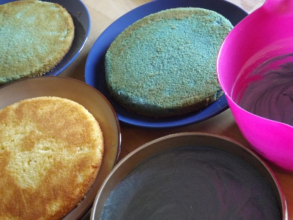 making-ombre-cake