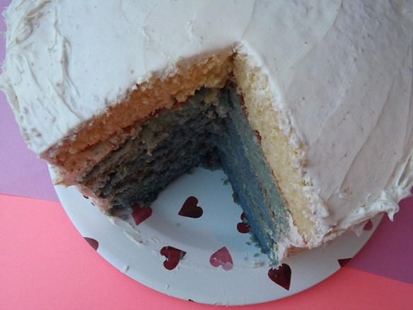 white-frosted-cake