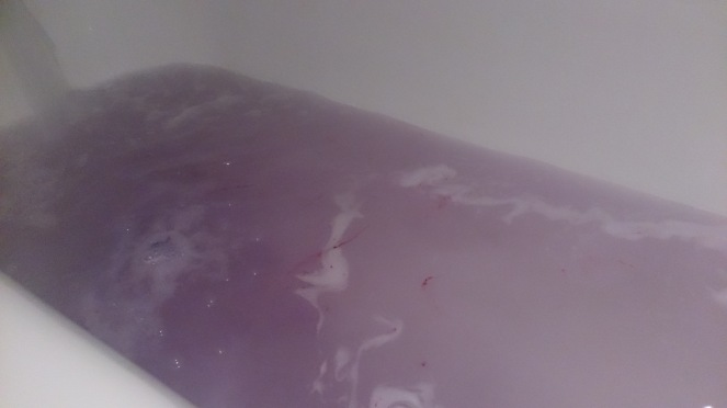 blackberry-bathbomb