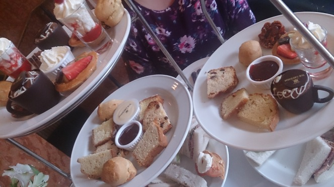 afternoon-tea-at-the-gresham