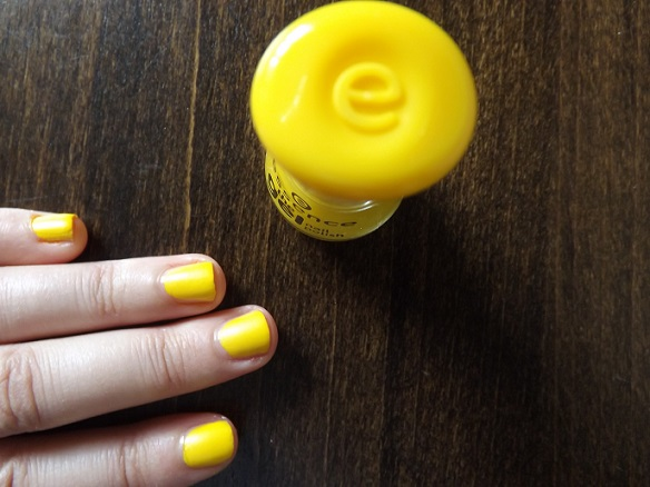 essence-gel-nail-polish