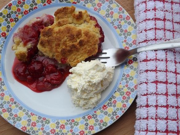 raspberry-peach-cobbler