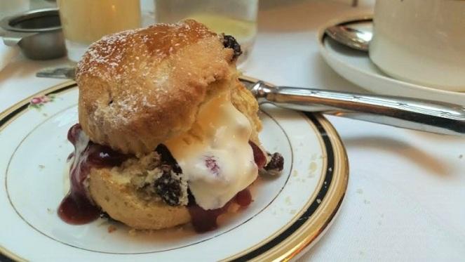 scone-cream-jam