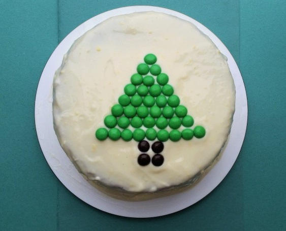 green-tree-cake