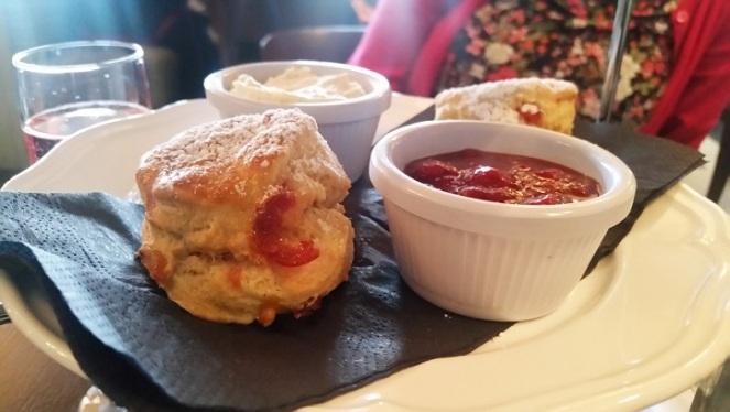 scones-jam-cream